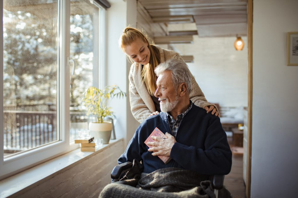 5 Signs Your Elderly Loved One Needs In-Home Care
