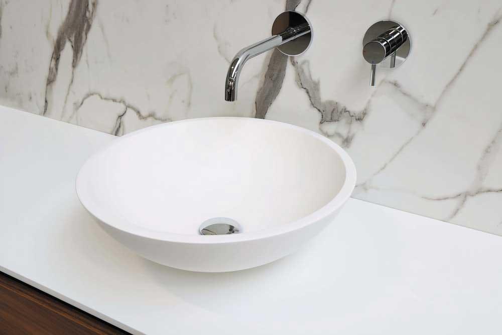 a basin sink in a bathroom