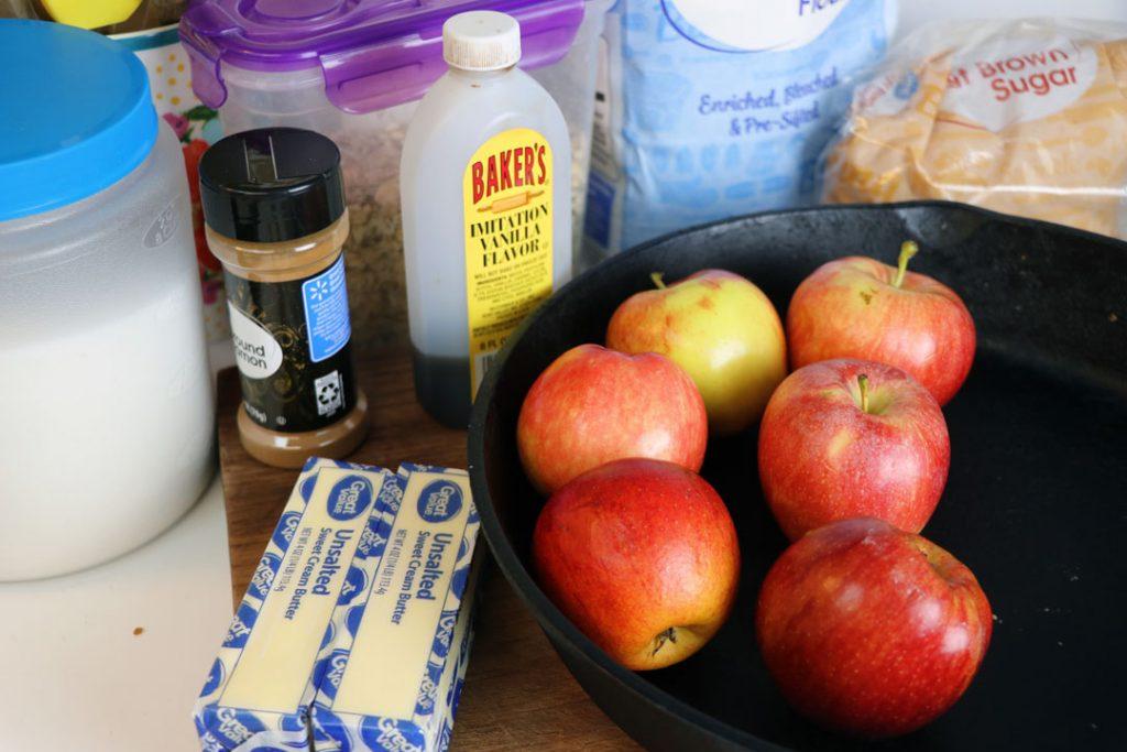 easy apple crisp recipe ingredients. honey crisp apples, oats, cinnamon, brown sugar.