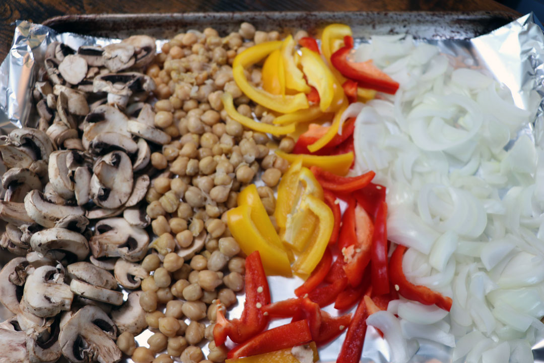 sheet pan vegetarian fajitas